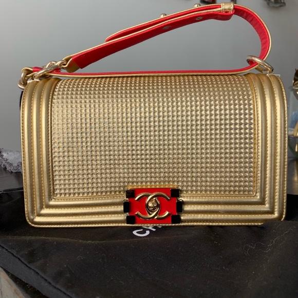 CHANEL Handbags - !!SOLD!!! CHANEL Medium Boy Bag AUTHENTIC